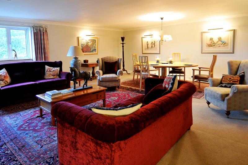 Holywood Living Room